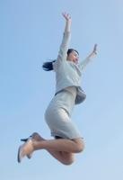 キャリアアップをする女性のイメージ
