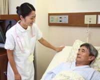 向上心を持って働く看護師のイメージ写真