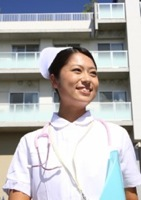 総合病院で働く看護師のイメージ写真